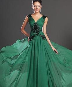 نصائح حول اختيار اجمل الملابس للحفلات والسهرات