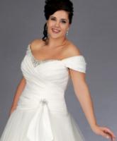 للعروس الممتلئة..كيف تختارين فستان زفافك